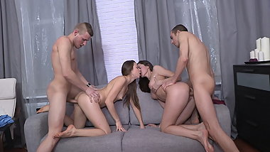 18 Videoz - Aruna Aghora - Swinger dreams come true