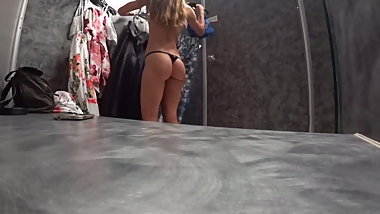 Hot body dressing room