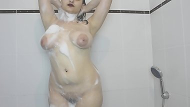Just taking a good shower after sport!